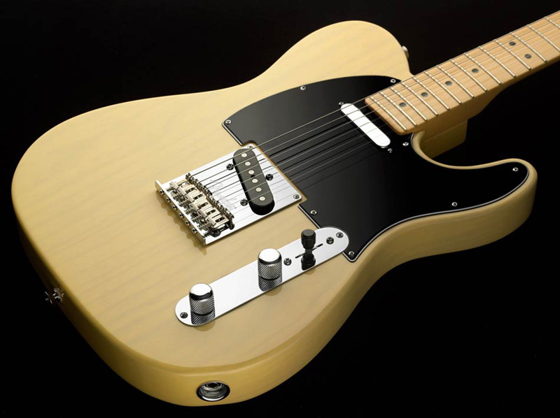 It was the worldís first successful solid-body electric guitar Fender i